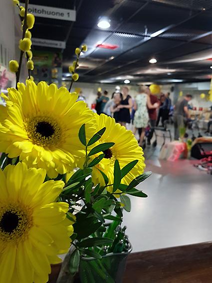 Aurinkotanssit_2019_Puolivälinkangas_Metsolan_Kartano_SeniorKunto